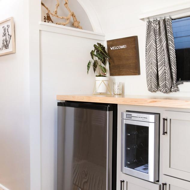 Lolalita Airstream Kitchen 1