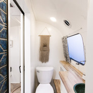 Lolalita Airstream Bathroom 3