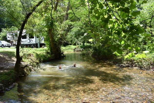 32 Aaah, Cool Water.JPG