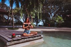 meditação piscina