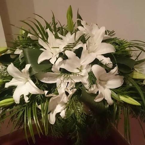 4ft Open Lillies