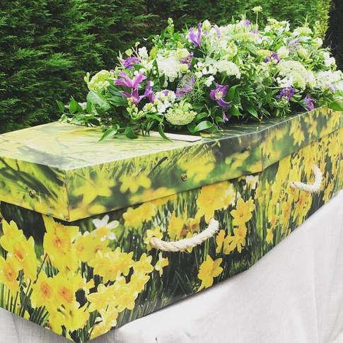 4ft Coffin Spray
