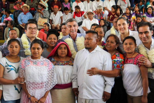 Giving Tuesday: Support Mexico's Indigenous Language Interpreters and Translators