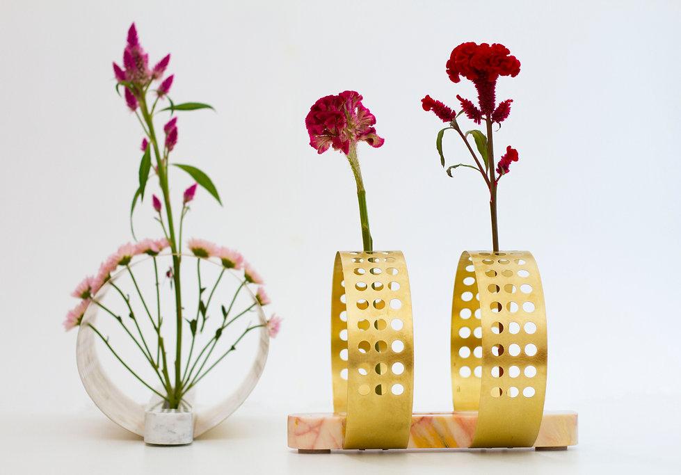 Ikabana vase by omer polak