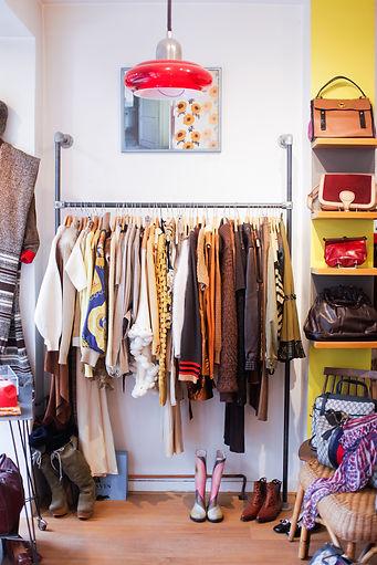 11 eme la mode vintage interior.jpg