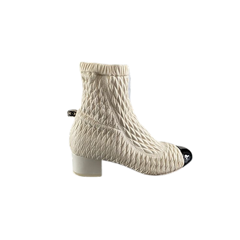 Chanel%20Shoe_edited.png