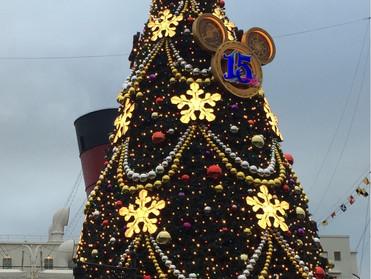 クリスマスツリーにエールを