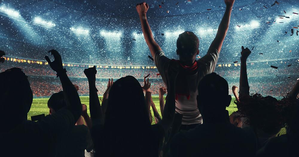 Torcedores no estádio
