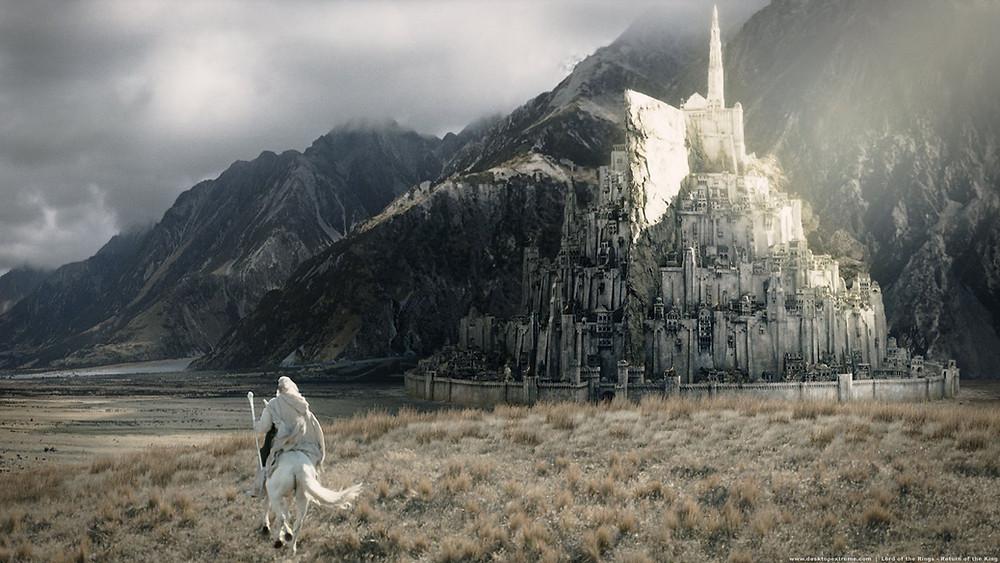 """Minas Tirith ne """"Il Signore degli Anelli"""""""