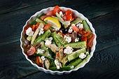 סלט ירקות בסגנון יווני .JPG