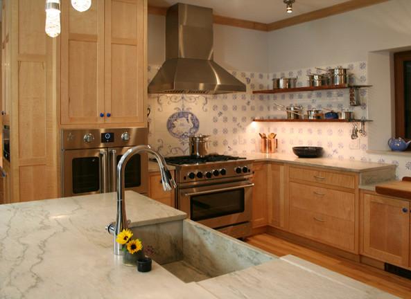 CustomCabinetry-Kitchen3.jpeg