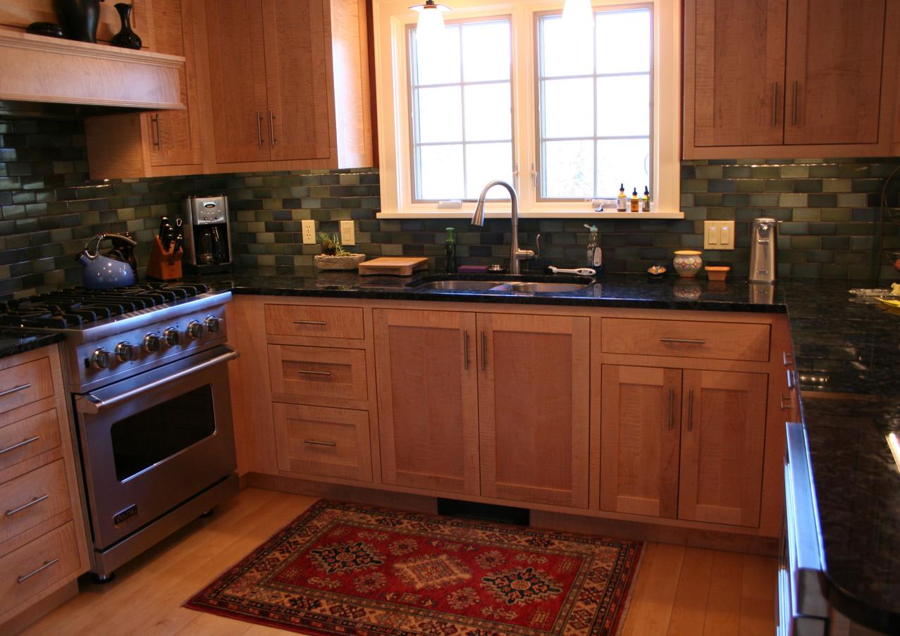 CustomCabinetry-Kitchen19.jpg