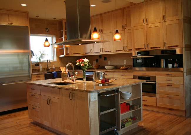 CustomCabinetry-Kitchen17.jpeg