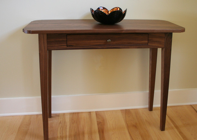 Furniture-Accent Table.jpg