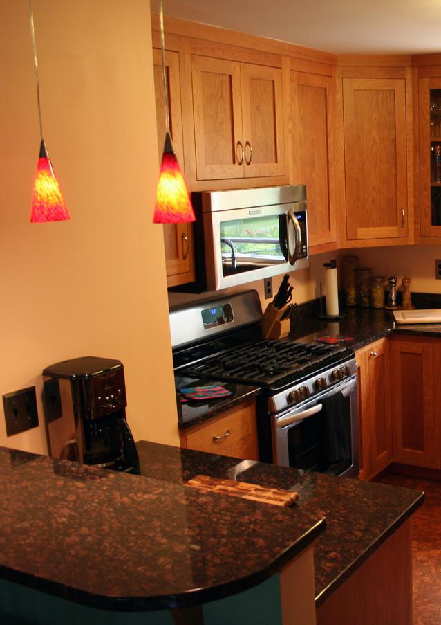 CustomCabinetry-Kitchen22.jpg