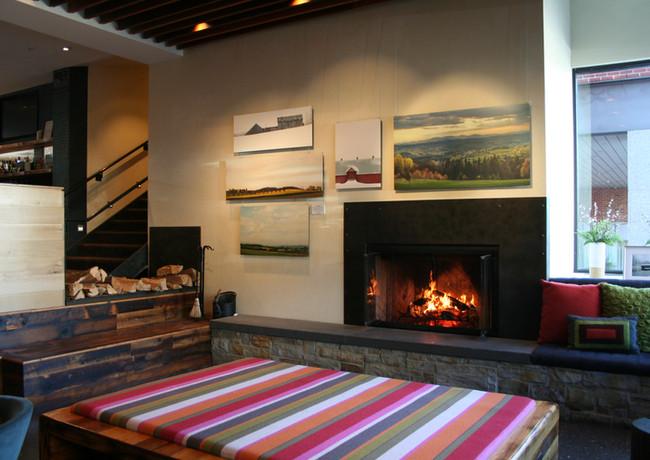 HotelVT-Fireplace.JPG