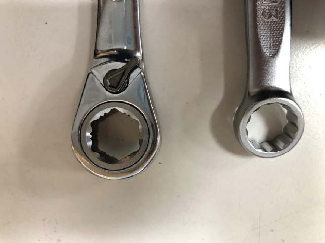LP Wrench with extractor.jpg