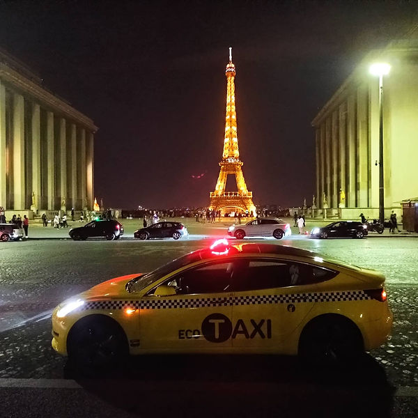 Taxi Rouen # Tour Eiffel.jpg