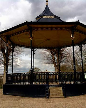 20-the-bandstand-in-the-castle-park.jpg