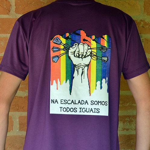 Camiseta Somos Todos Iguais - roxa