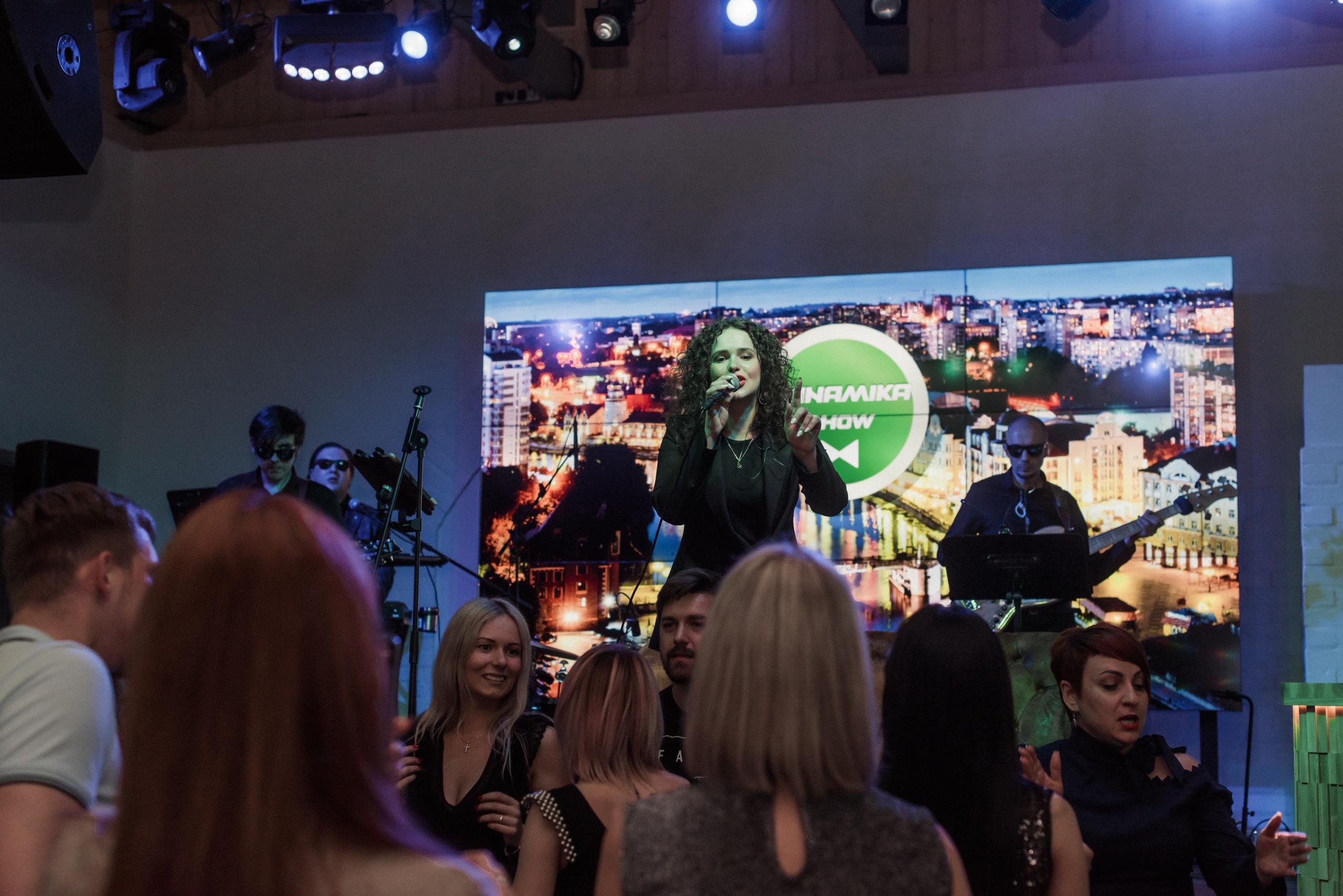 #OKkeyBand & Natalie live 001
