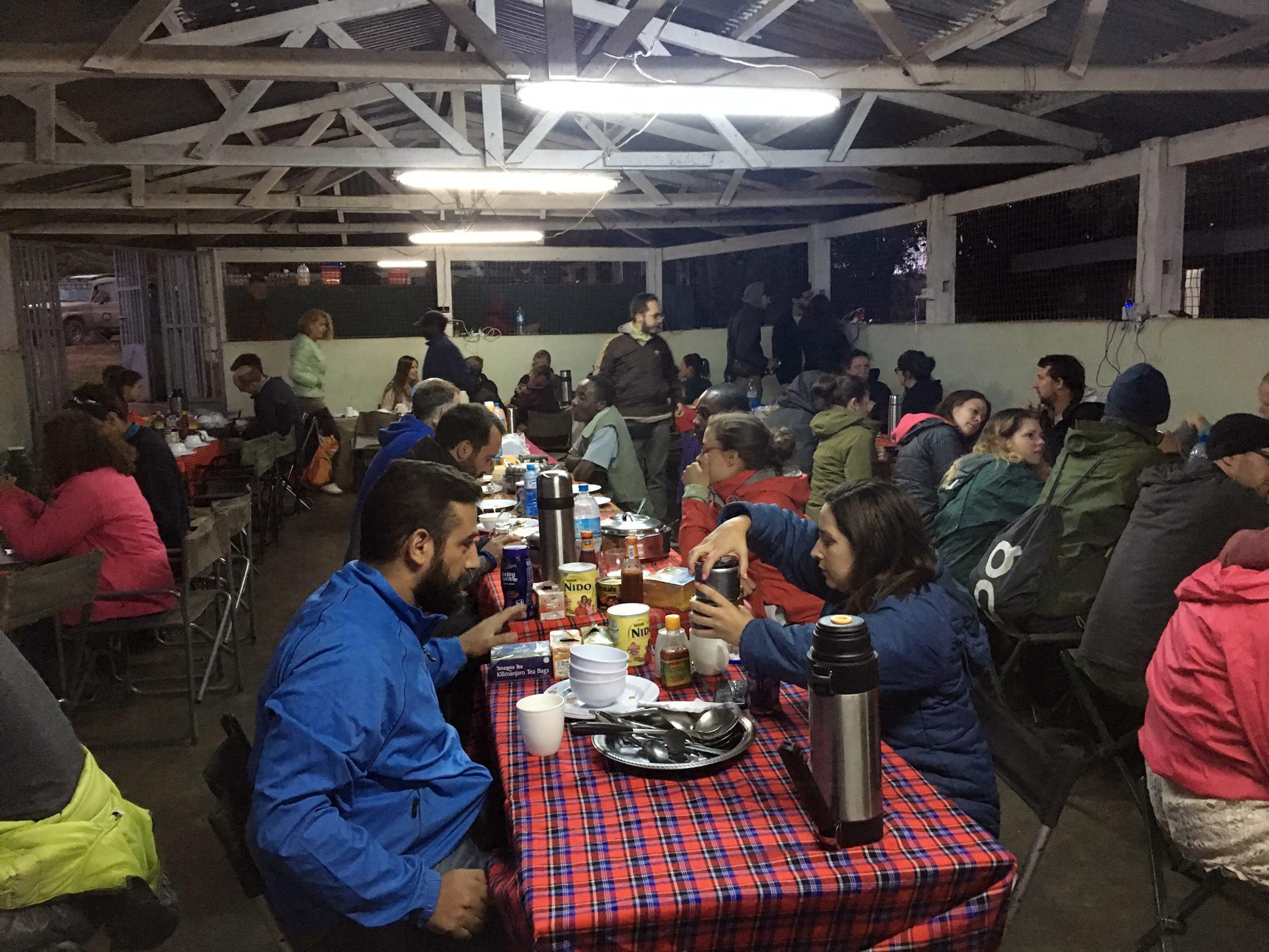 safari_tanzania_camping_2