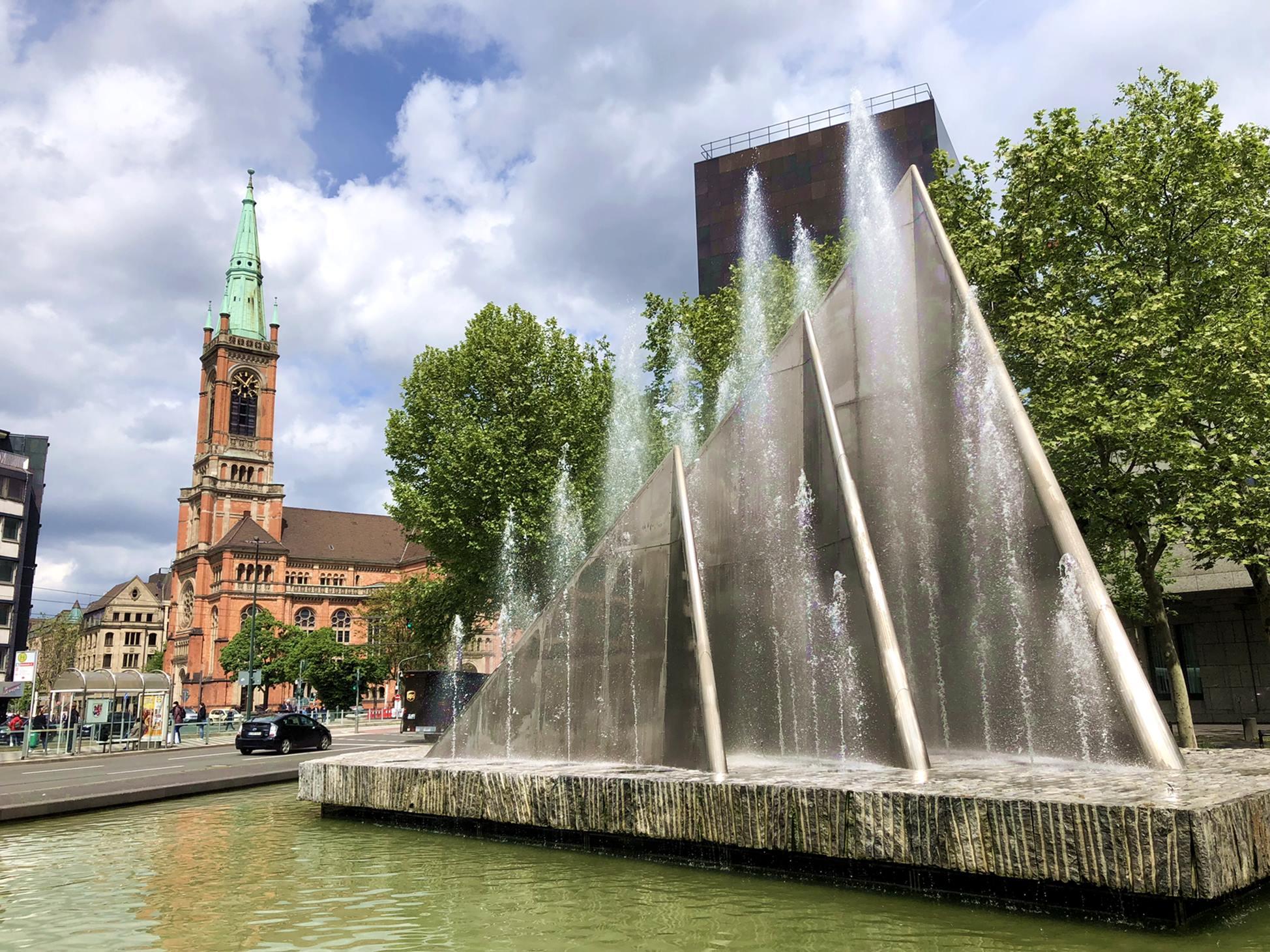 dusseldorf_alemanha_johanneskirche