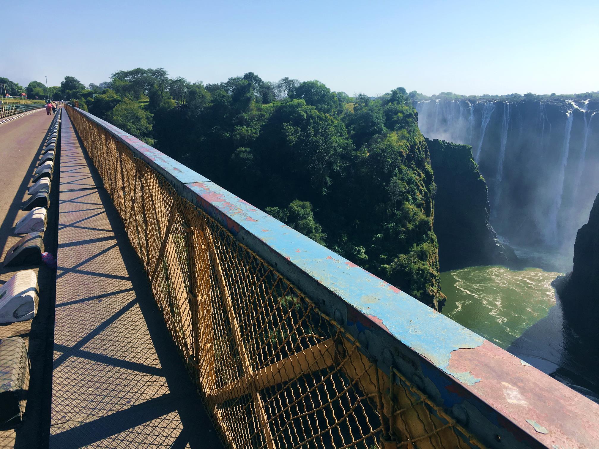livingstone_zambia_victoriafallsbridge