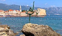 budva_montenegro_estatuabailarina.JPG