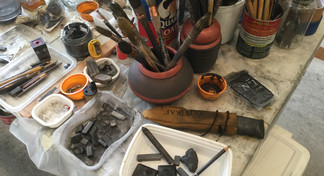 Artist's drawing tools