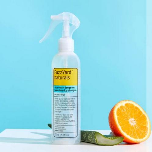 FuzzYard Naturals Waterless Dog Shampoo - Aloe Vera + Tangerine