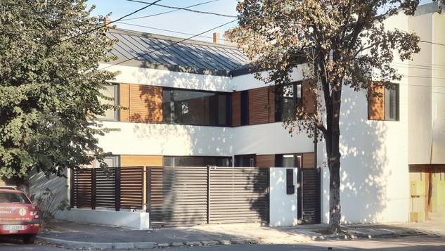 F1 House