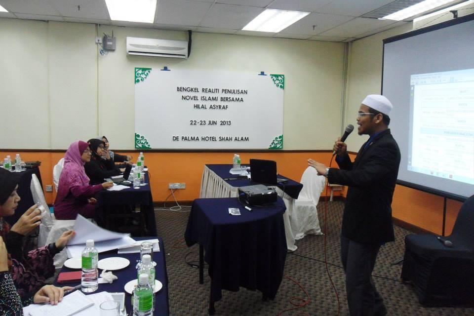 Encik Nazri, Wakil Galeri Ilmu Media Grup