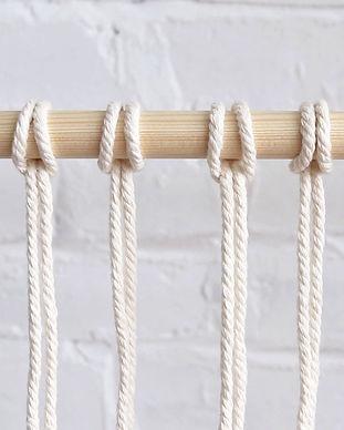 reverse-larks-head-knot-2.jpg
