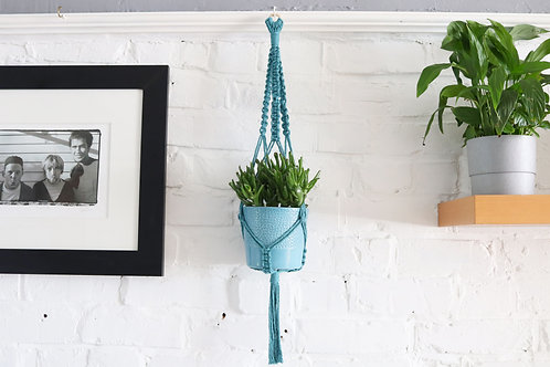 SMALL BLUE PLANT HANGER