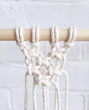 alternating-square-knots.jpg