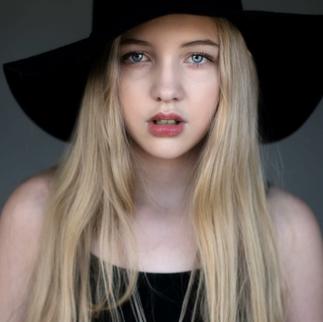 Makeup: Brianne Jones Model: Katy Beth @kbzed Photographer: Jay Tay Photograohy