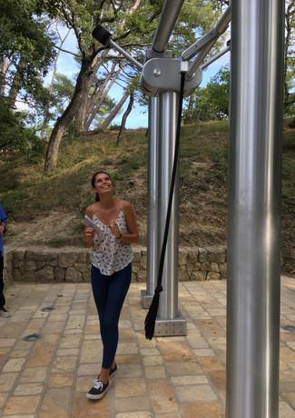 Manon rings Matisse.jpeg