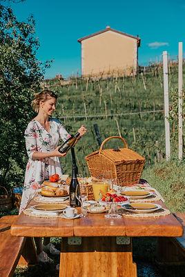 Pre Wedding party in the vineyards, Pre Wedding party in italy, Pre Wedding party in venice, Prosecco Picnic, Picnic in the vineyards, Valdobbiadene, Trip to Valdobbiadene, Venice, Prosecco Tognon