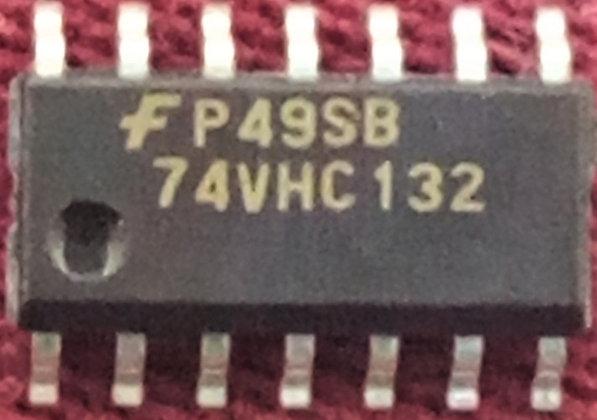 74VHC132