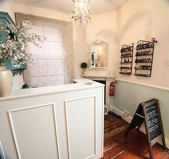 Beauty Salon Exeter, Spa Days, Pamper Parties, Waxing, Manicures, Lashes, Pedicures, Hot Wax, Massage, Facials, Brows