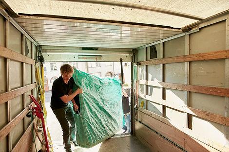 removals-business-a-man-lifting-an-item-