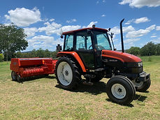 new holland tractor.jpg