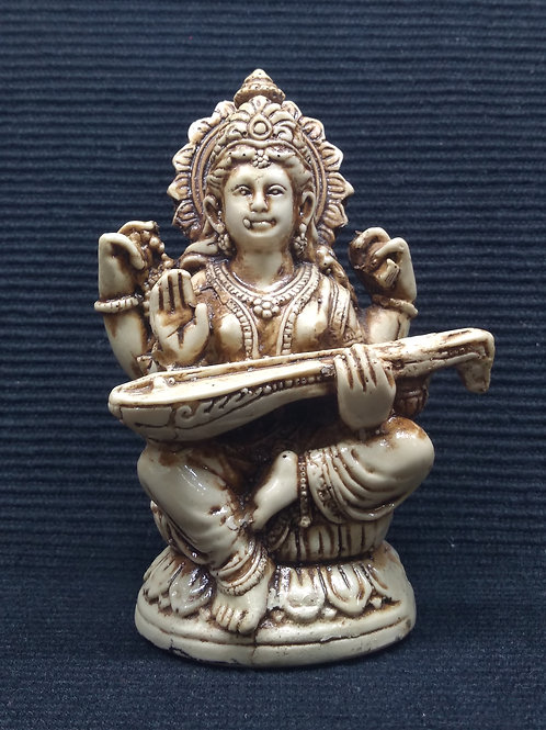Saraswati em resina