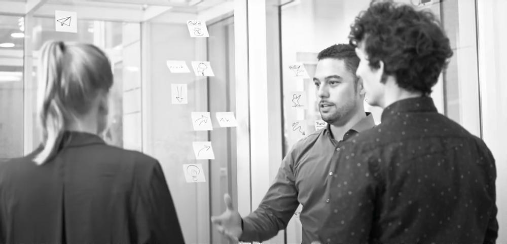Kollaboratives Zusammenarbeiten im Big Room von Lean Constrution