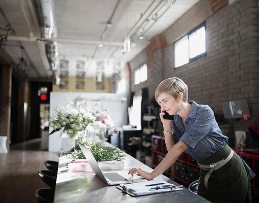 Protel tilbyder CLOUD TELEFONI som indeholder alle de smarte funktioner du som telekunde har brug for. Opkaldsstyring, omstilling, samtaleanlæg, smart Message, smart calender og meget, meget mere. Kontakt Protel