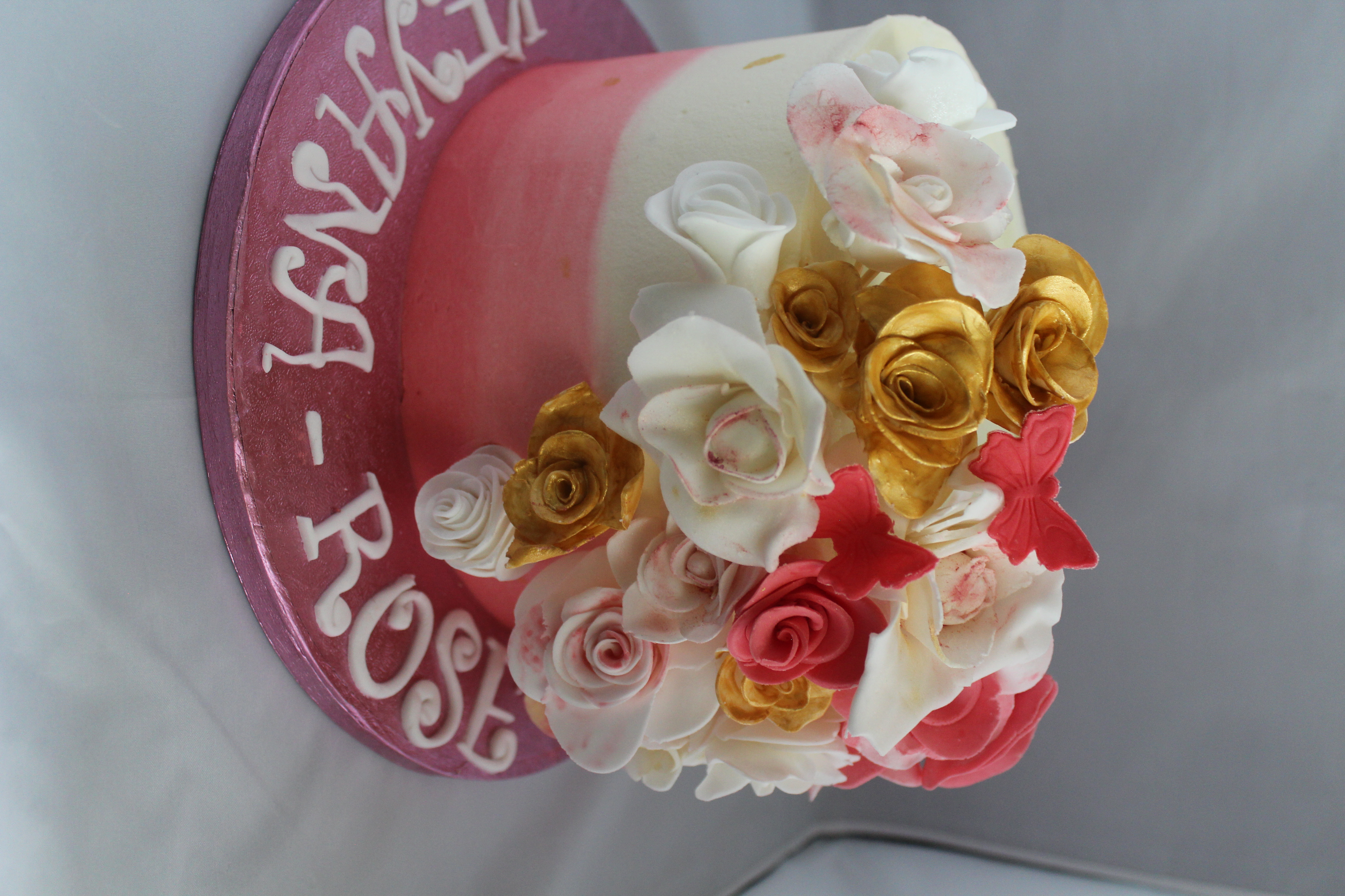 Eggless Ombre Cake With Fondant Flowers