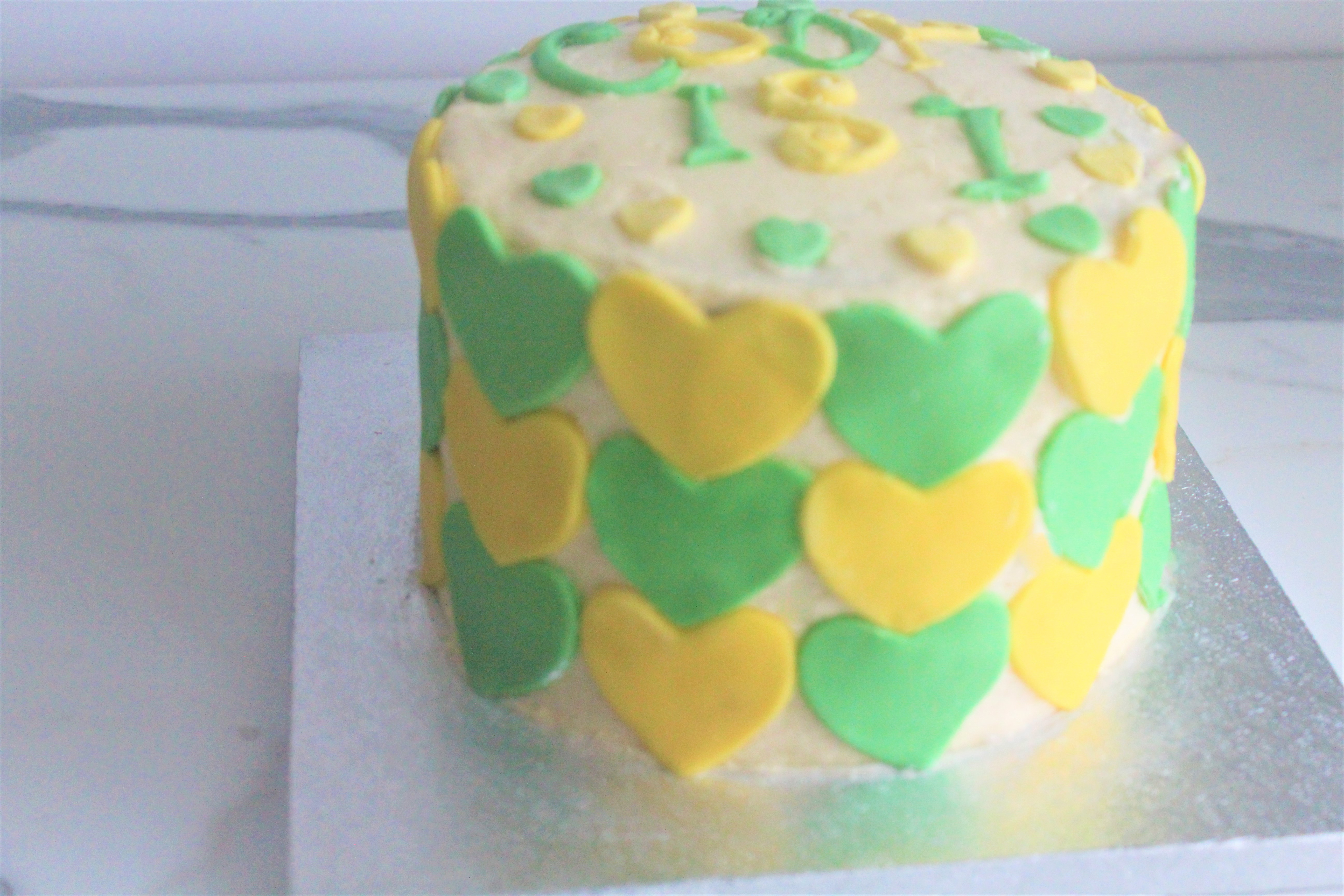 Vegan Patterned Heart Cake