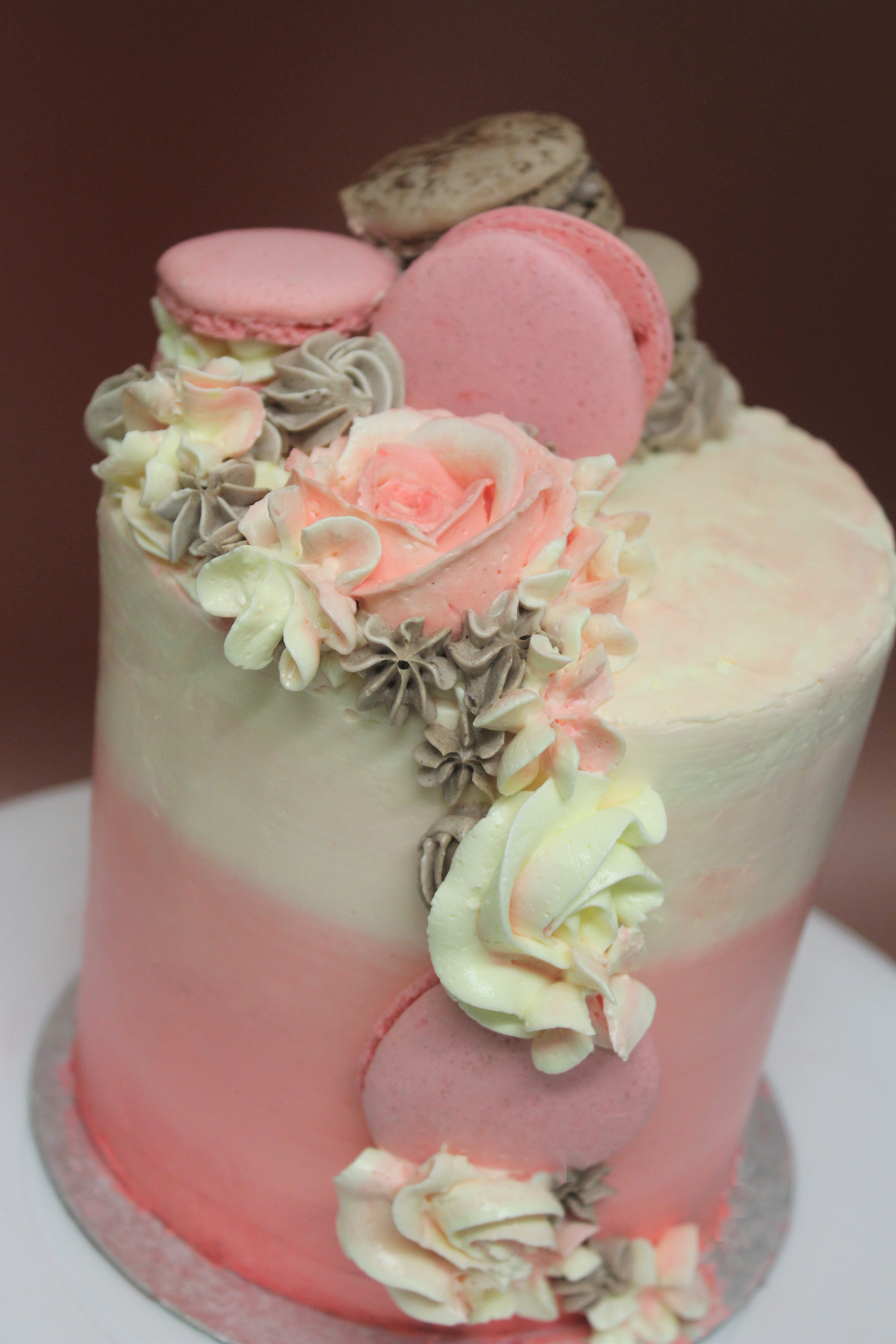 Pink Ombre cake with macaron