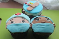 NHS Fondant Cupcakes